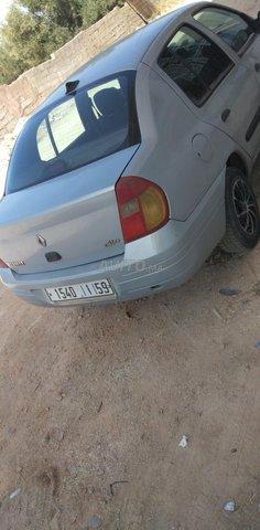 Voiture Renault Clio 2000 à fès  Essence  - 8 chevaux