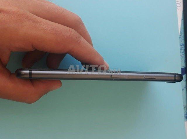 IPhone 8 64g - 2
