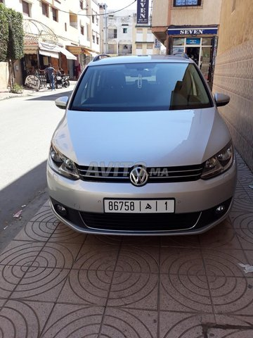 Voiture Volkswagen Touran 2014 à temara  Diesel  - 6 chevaux