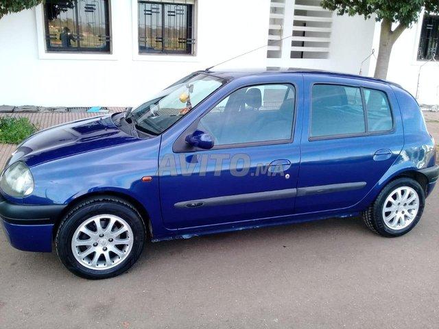 CLIO ESSENCE  - 1