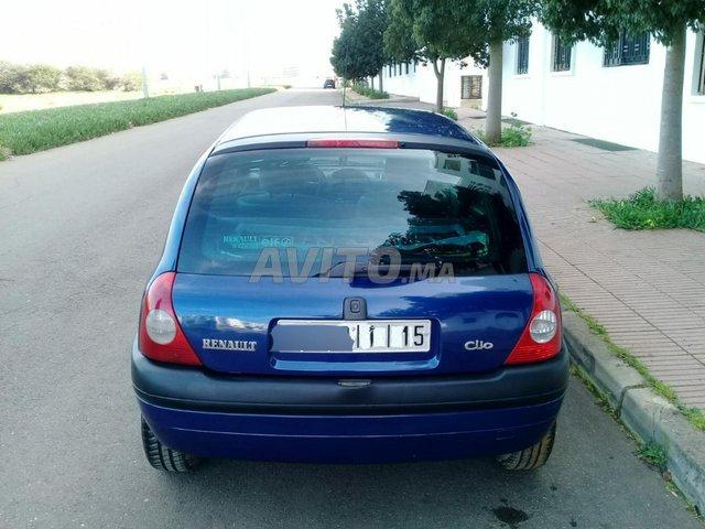 CLIO ESSENCE  - 4
