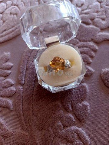 bague or blanc diamants et topaze jaune - 1