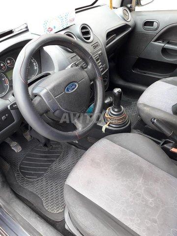 Ford Fiesta Essence - 2