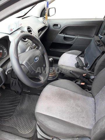 Ford Fiesta Essence - 3