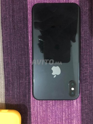 Iphone X   - 1