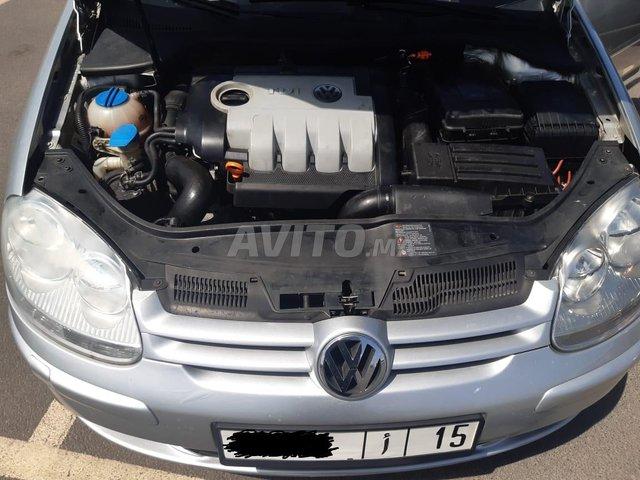 Volkswagen Golf 5 - 4