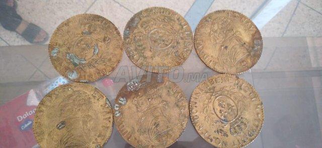 عملات نقدية  - 3