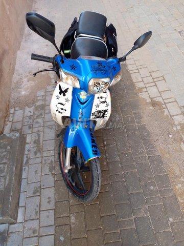 Moto bon état - 1