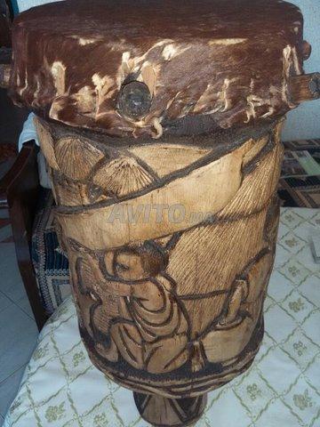 Tambour Burundi sculpté  - 1
