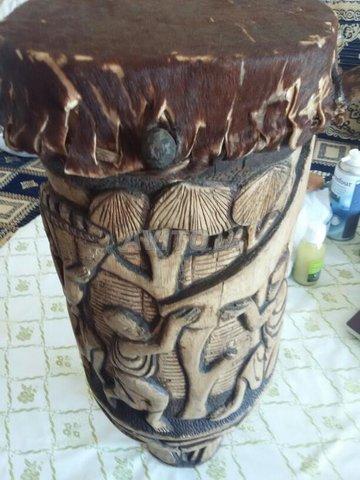 Tambour Burundi sculpté  - 3