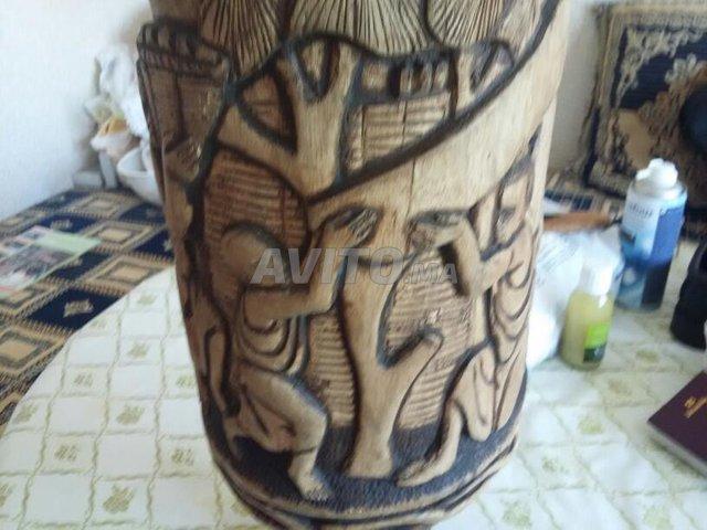 Tambour Burundi sculpté  - 4