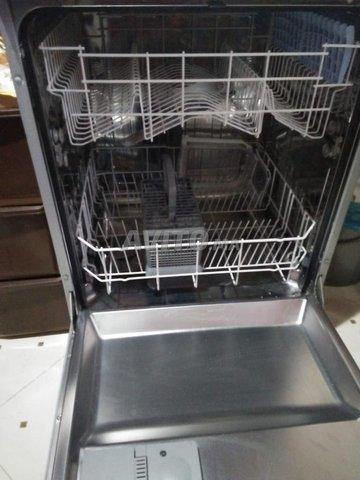 Lave-vaisselle  très bon état  - 4