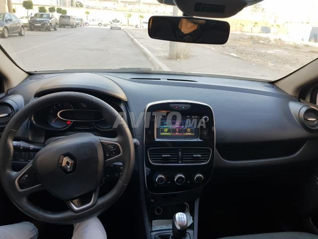 Voiture Renault Clio 2018 à tanger  Diesel  - 7 chevaux