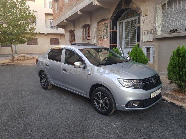 Voiture Dacia Logan 2019 à azrou  Diesel  - 4 chevaux