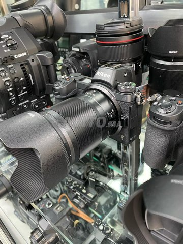 Nikon Z7 Full-Frame Mirrorless -Lens Camera  à Aut - 1