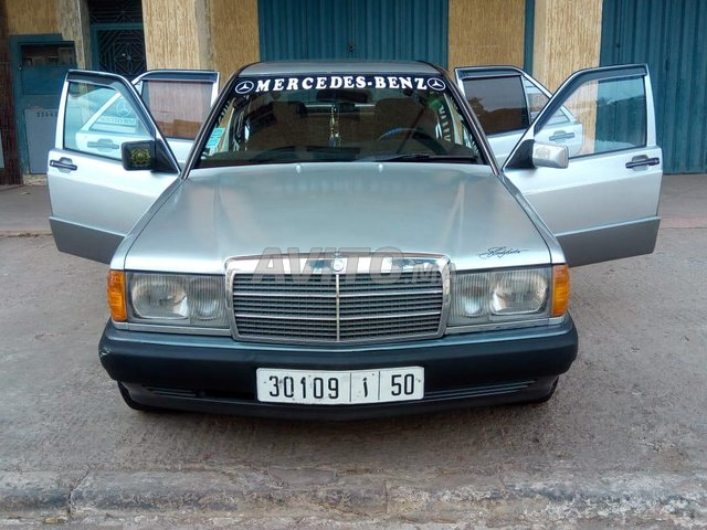 Voiture Mercedes benz R190 1992 à berrechid  Diesel  - 8 chevaux