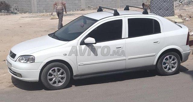 Voiture Opel Astra 2000 à casablanca  Diesel  - 7 chevaux