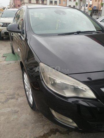 Voiture Opel Astra 2011 à casablanca  Diesel  - 7 chevaux