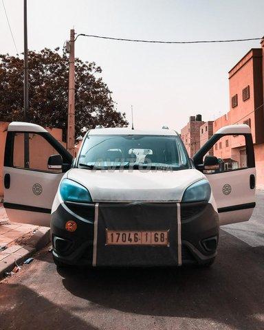 Voiture Fiat Doblo 2015 à laâyoune  Diesel  - 6 chevaux