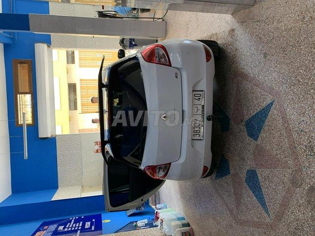 Voiture Renault Clio 2012 à tanger  Diesel  - 6 chevaux
