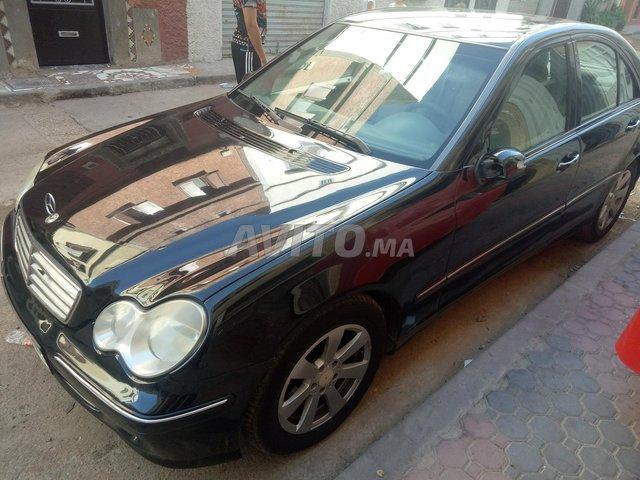 Voiture Mercedes benz 220 2005 à temara  Diesel  - 9 chevaux