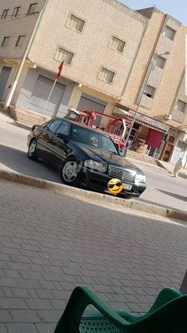 Voiture Mercedes benz Classe c 2001 à al-hoceïma  Diesel  - 10 chevaux