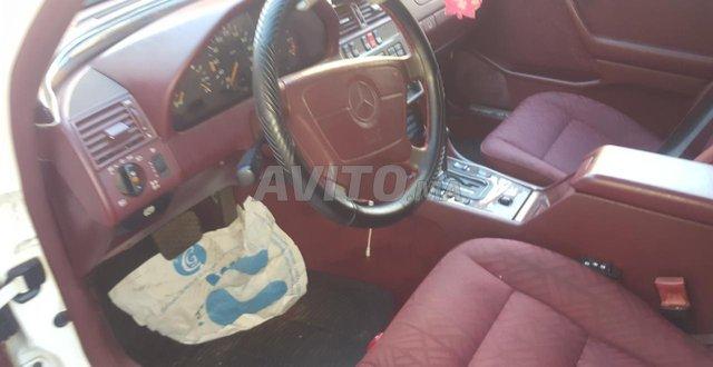 Voiture Mercedes benz 220 1994 à rabat  Diesel  - 10 chevaux