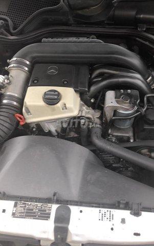 Voiture Mercedes benz Classe e 1998 à temara  Diesel  - 9 chevaux