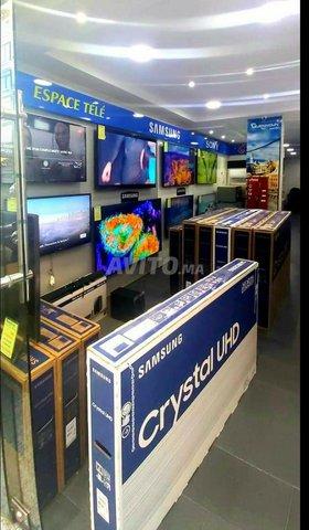 SAMSUNG 55 POUCES SÉRIE 7 CRYSTAL UHD GAMME 2020 - 5