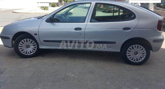Voiture Renault Megane 2001 à rabat  Diesel  - 7 chevaux