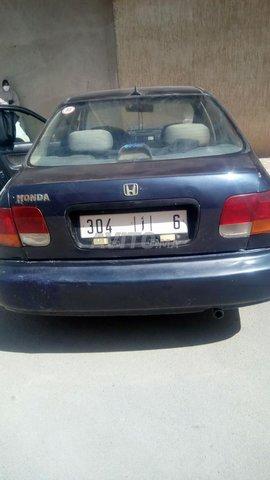 Voiture Honda Civic 2000 à midelt  Essence
