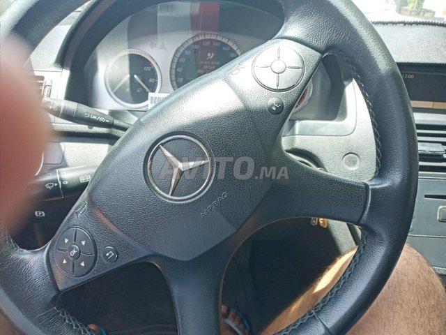 Voiture Mercedes benz 220 2007 à taza  Diesel  - 9 chevaux