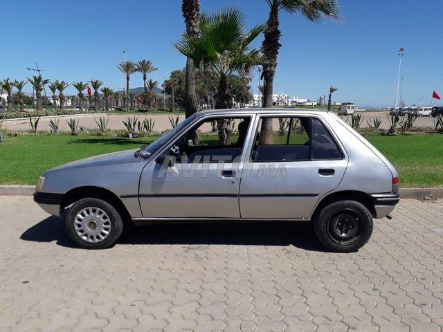 Voiture Peugeot 205 1988 à tétouan  Diesel  - 7 chevaux