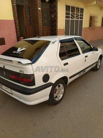 Voiture Renault R19 1990 à meknès  Essence  - 8 chevaux