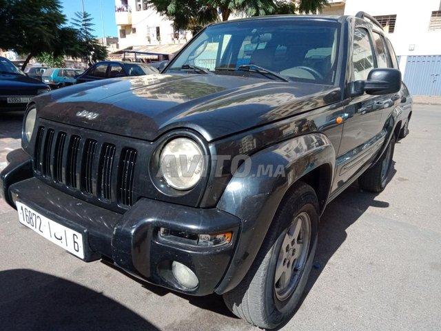 Voiture Jeep Cherokee 2000 à casablanca  Diesel  - 11 chevaux