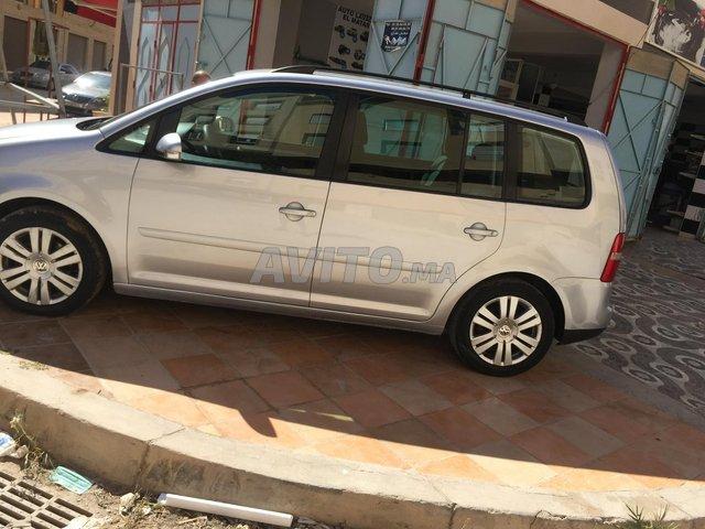 Voiture Volkswagen Touran 2005 à nador  Diesel  - 10 chevaux