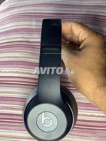 Beats Solo 3 Wireless Noir avec un câble Original  - 2