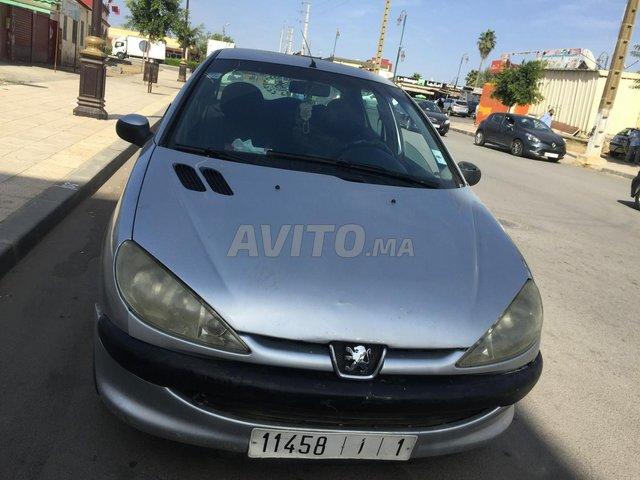 Voiture Peugeot 206 2000 à sidi-allal-el-bahraoui  Diesel  - 7 chevaux