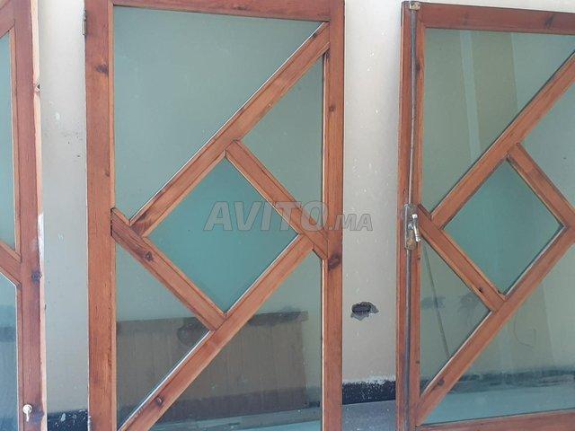 fenêtre à bois rouge - 6