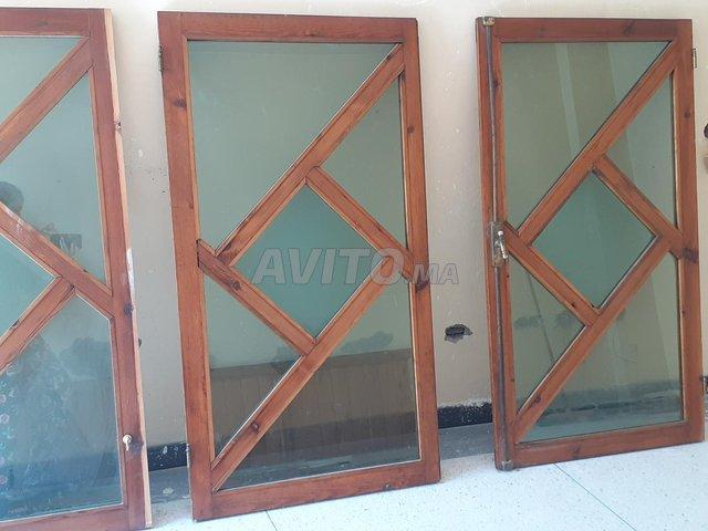 fenêtre à bois rouge - 5