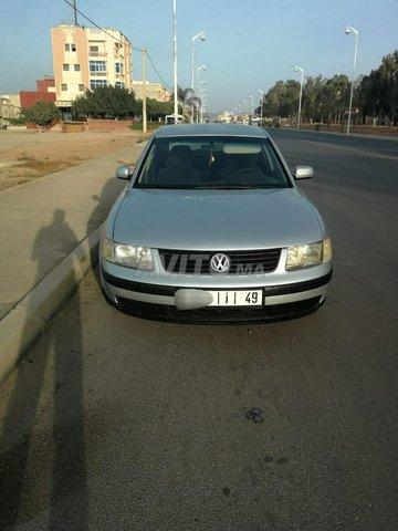 Voiture Volkswagen Passat 1997 à nador  Diesel  - 8 chevaux
