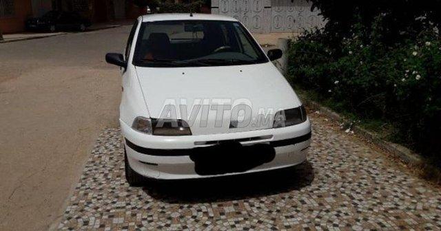Voiture Fiat Punto 1995 à khouribga  Diesel  - 7 chevaux