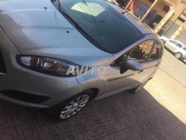 Voiture Ford Fiesta 2017 à marrakech  Essence  - 6 chevaux