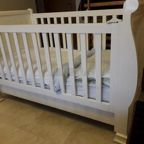 Commode et lit bébé jusqu'à 5 ans - 4
