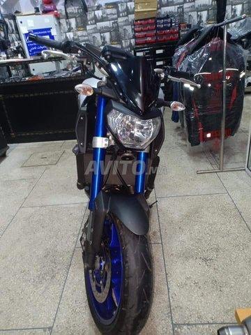 Moto mt 09 - 4
