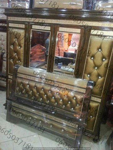 Chambre de bois massif neuf lit.        - 3