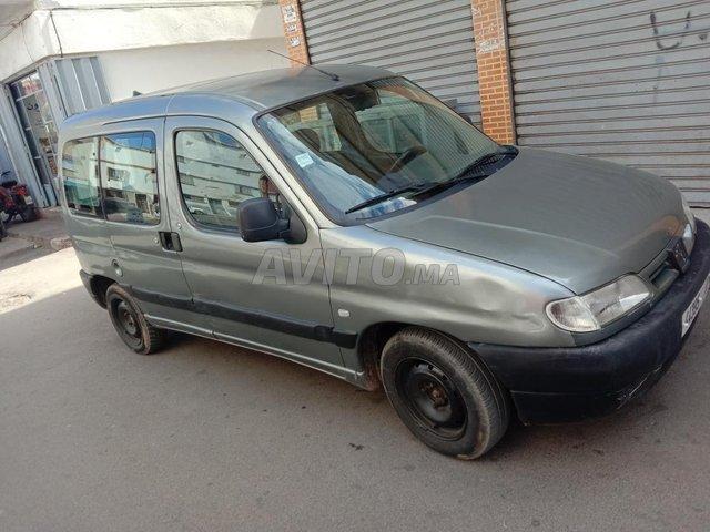 Voiture Peugeot Partner 2001 au Maroc  Diesel  - 7 chevaux