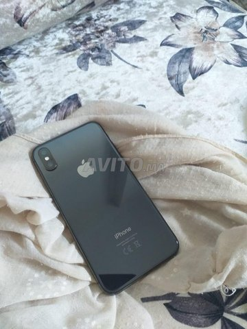 Apple iPhone X Face ID - 2