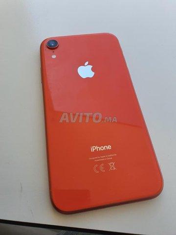 Iphone XR Corail presque neuf  - 5