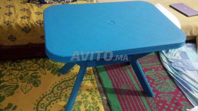 Table en Plastique - 2